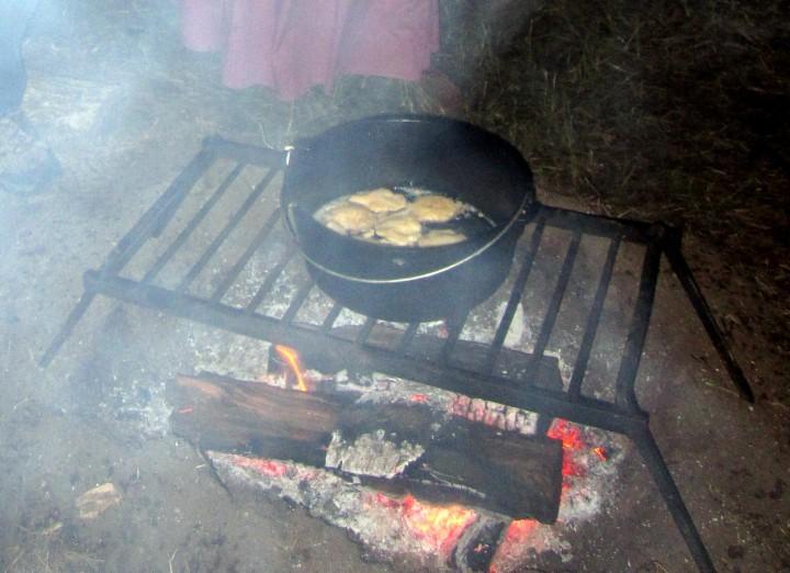 Campfire Cakes