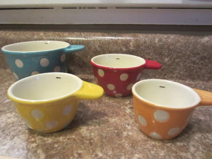Measuring Cups Different Colors